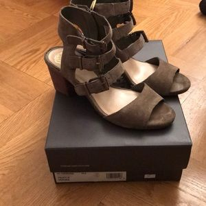 Vince Camuto Shoes - Like new Vince Camuto Suede sandals